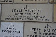 220px-Tablica_upamiętniająca_Adama_Mireckiego_na_Kościele_św._Stanisława_Kostki_w_Warszawie