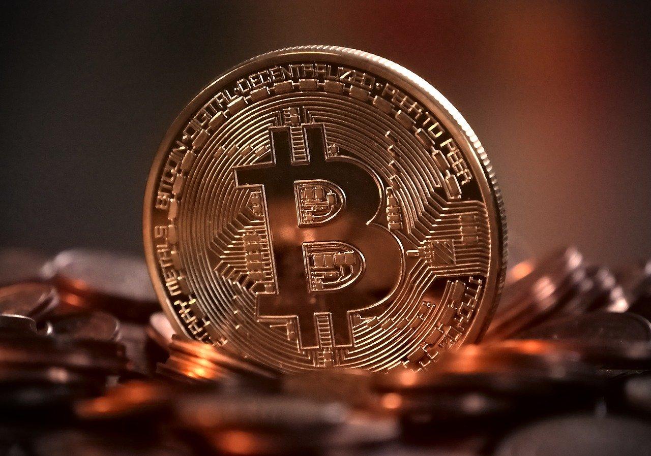 Bitcoin rozłożony przez koronawirusa - kurs najniższy od miesięcy!