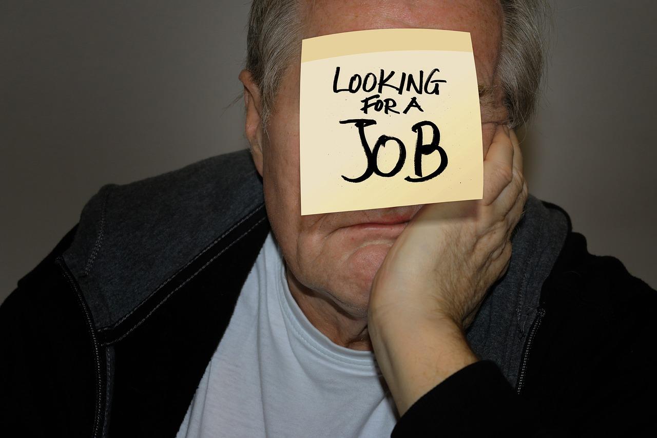 Silver tsunami – czy warto zatrudniać pracowników 50+?