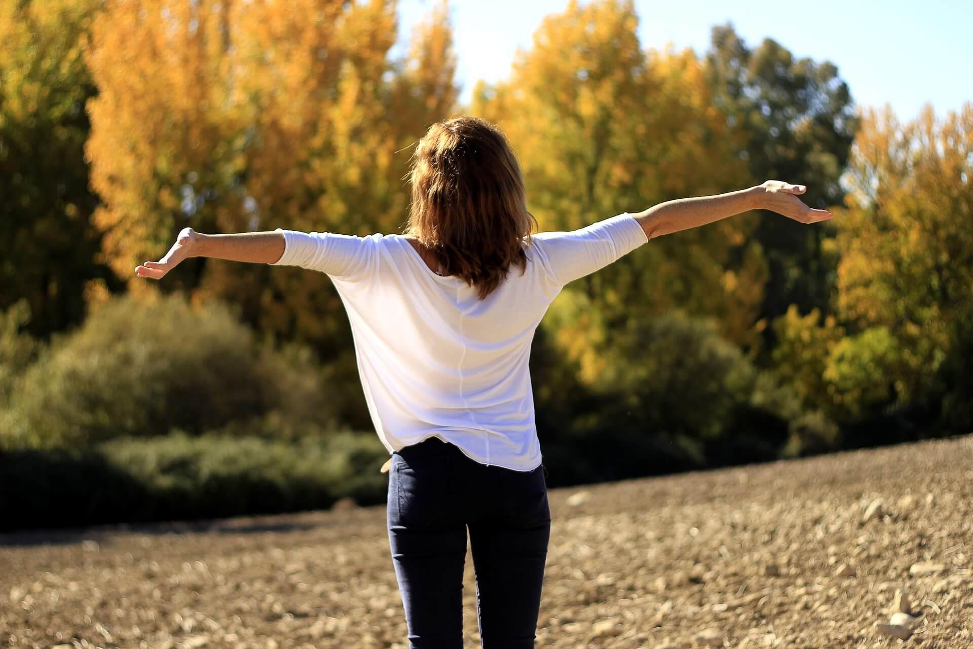 oddychanie, oddech, zdrowy styl życia, joga, sport, ruch, zdrowie, wdech, wydech, jak prawidłowo oddychać, organizm, zdrowe ciało